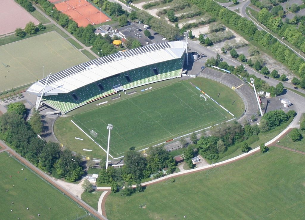 stadionanderkreuzeiche