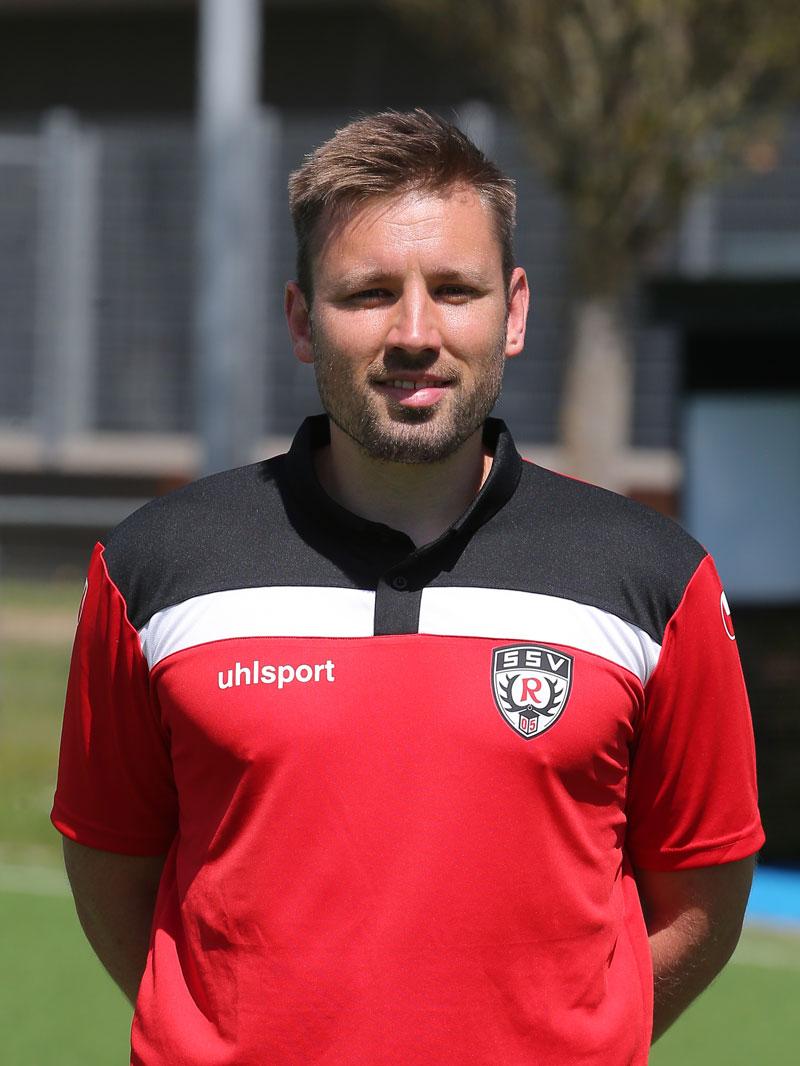 Maik Stingel Leiter SSV Akademie Fußballschule
